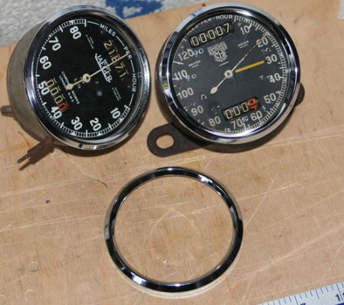 Smiths Speedo/Rev Clock Chronometric Bezel Ring