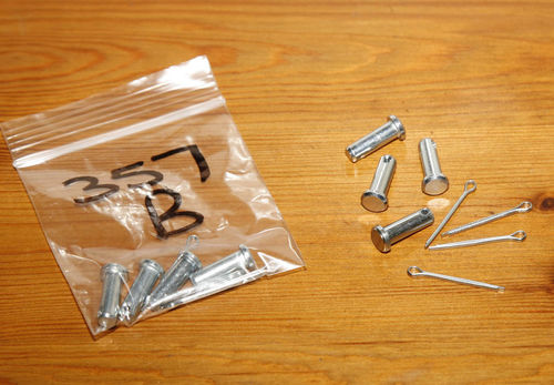 Norton Upright Gearbox Linkage Clevis Pins+Split Pins - Pack of 4